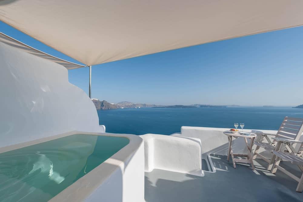 Улучшенный люкс, гидромассажная ванна - Балкон