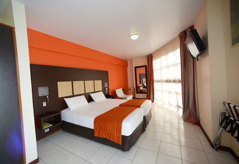 Central Hotel Cayenne, Cayenne, Standard Twin Room, 1 Bedroom, Non Smoking, City View, Guest Room