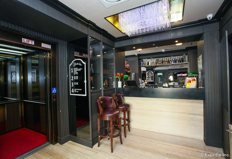 The Southbridge Hotel, Singapore, Hotel Bar