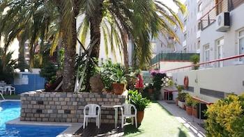 Introduce las fechas para ver los descuentos de hoteles en Calella