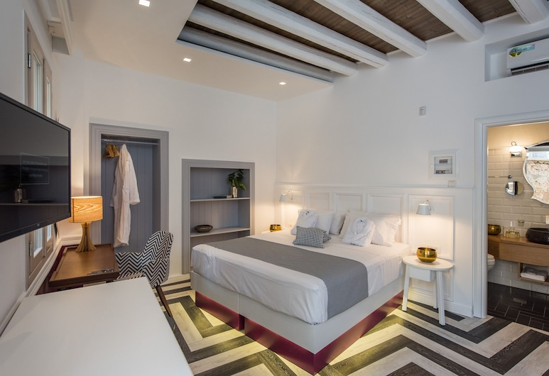 Elia Portou Due, Chania, Deluxe Suite, Jetted Tub, Guest Room