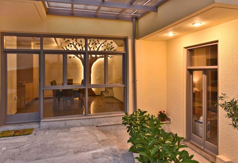 Villa Olivia, Atėnai, Vila, Terasa / vidinis kiemas