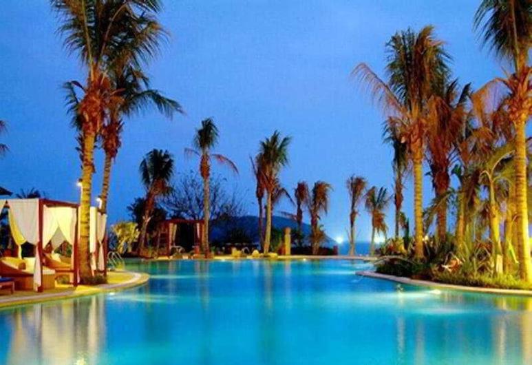 Aegean Conifer Suites Resort Sanya by Preferred, Sanya