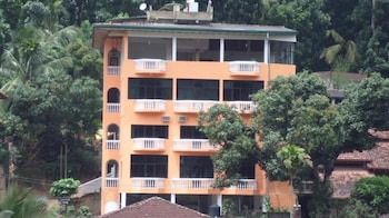 Picture of Majestic Tourist Hotel in Kandy