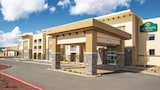 Choose This Business Hotel in Williams -  - Online Room Reservations