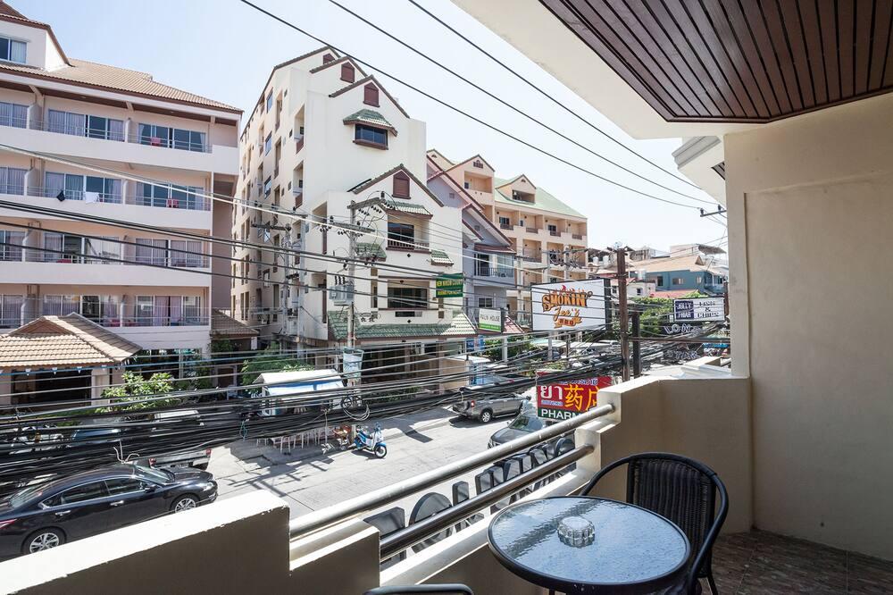 Boutique with Balcony  - Balkon
