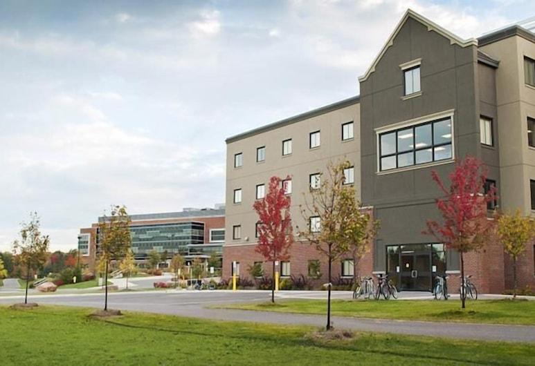 Algoma University Main Campus Residence, ซูเซนต์มารี