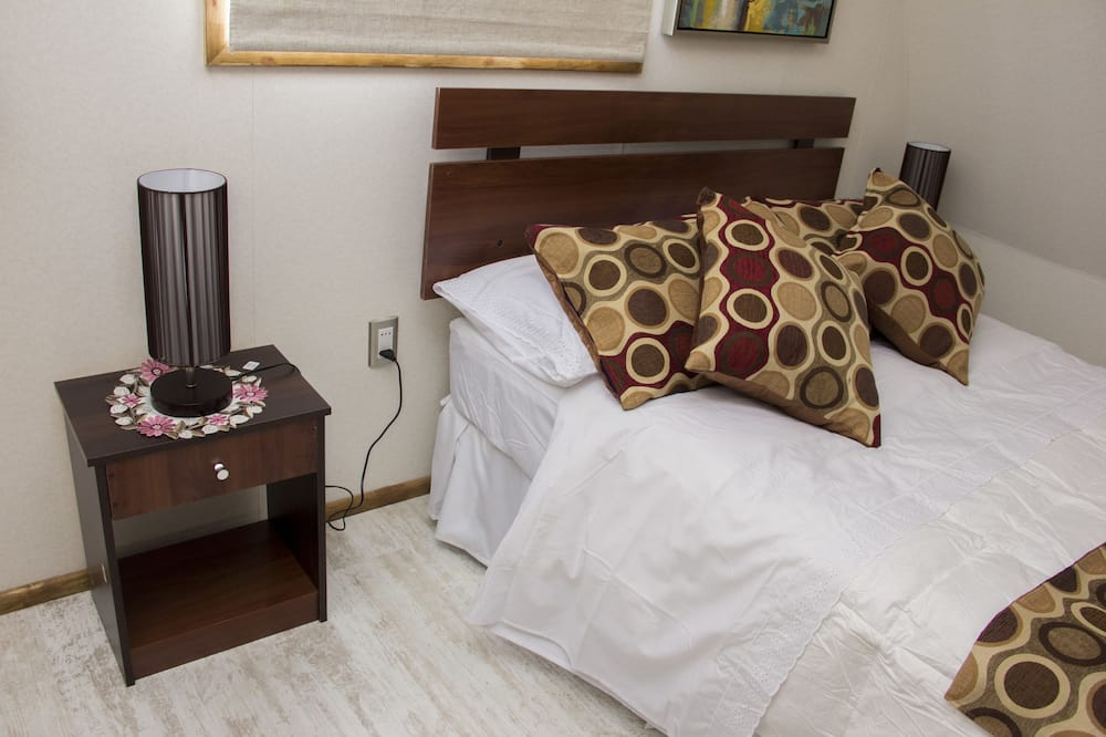 Economy Double Room, Private Bathroom - Guest Room