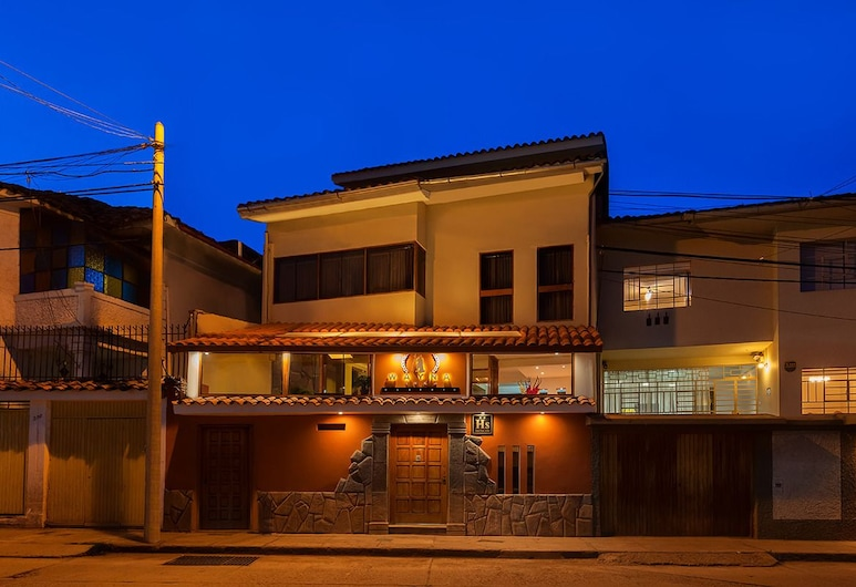 Wayna Inka Classic I, Cusco, Hotel Front – Evening/Night