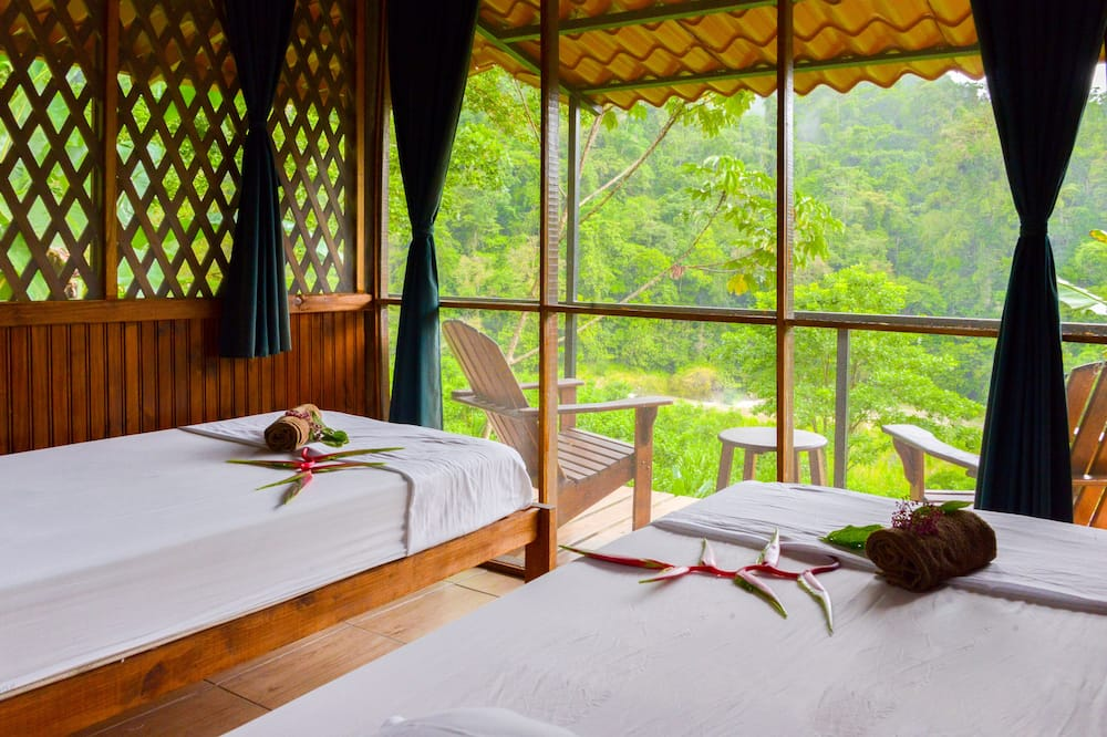River View Bungalow with Private Bathroom and Private Deck - Kamar