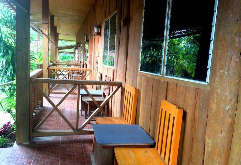 Pai Garden House, Pai, Standard Double Air, Terras