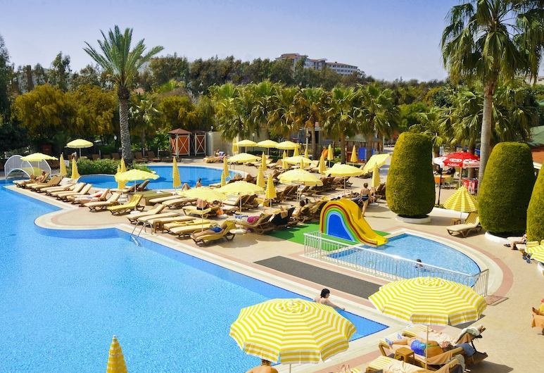 費比區全包式飯店, 賽德, 室外游泳池
