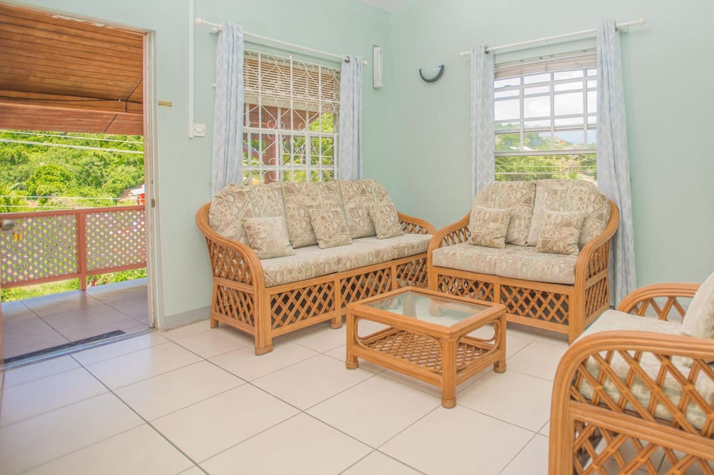 Superior Apartment, 2 Bedrooms, Kitchen - Living Area