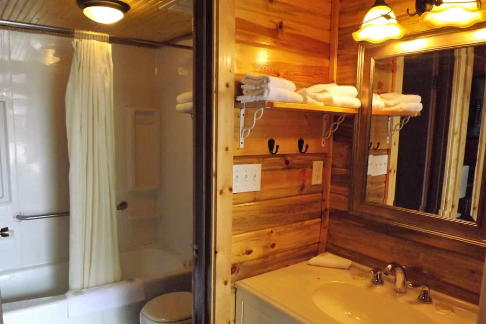 Double Cabin - Pet Friendly - Kylpyhuone