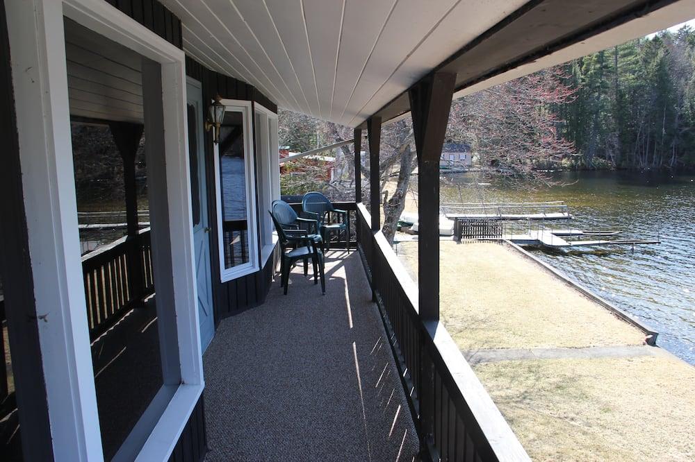 Эксклюзивный дом, 5 спален, вид на горы, с выходом к озеру - Балкон