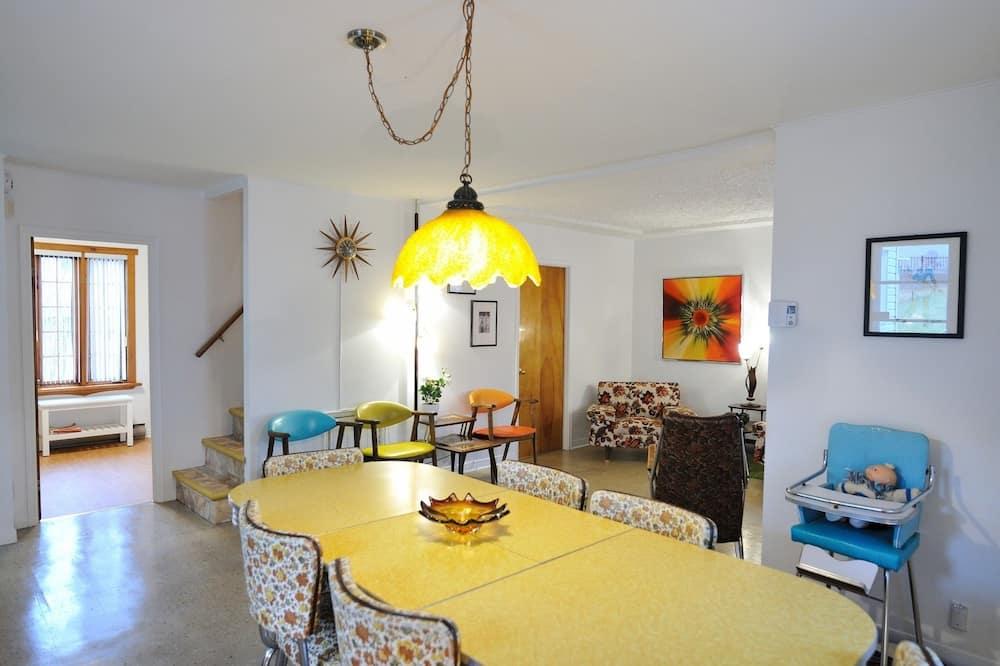 Casa tradicional, 5 habitaciones - Comida en la habitación