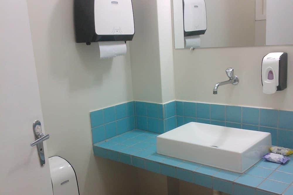 Doppelzimmer, Terrasse - Badezimmer
