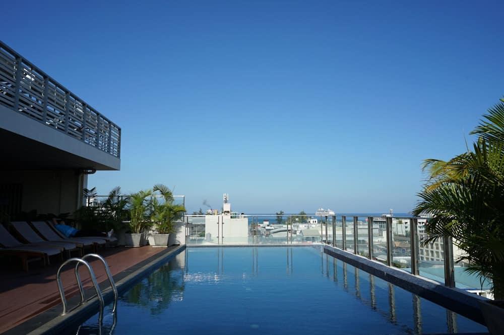 Elegancy Sansabai Hotel, Patong