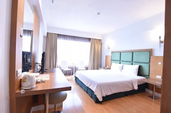 Picture of Mayflower Grande Hotel Hat Yai in Hat Yai