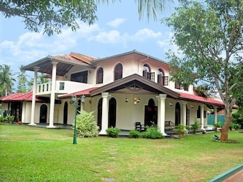 Picture of Villa Eco Green Tours in Negombo