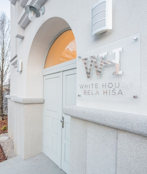 Picture of WHITE HOUSE - BELA HIŠA in Ljubljana