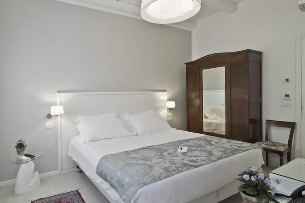 Standard Tek Büyük Yataklı Oda - Banyo