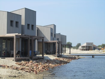 Picture of Oasis Parcs Punt-West Hotel & Beachresort in Ouddorp