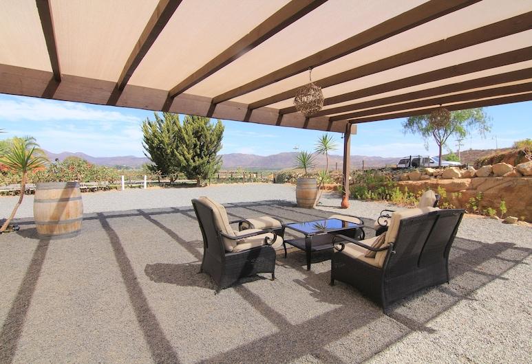 Hotel Hacienda Guadalupe, Valle de Guadalupe, Terraza o patio