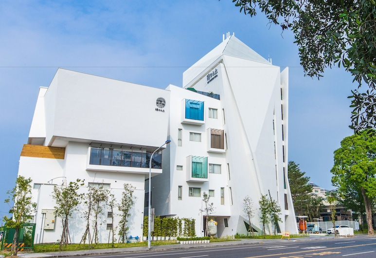 Sun Dialogue Hotel by Cosmos Creation, Grad Chiayi