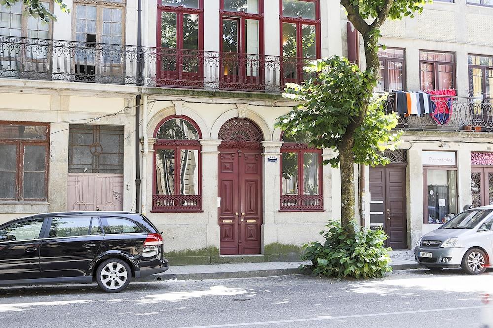 B.Arts Porto, Porto