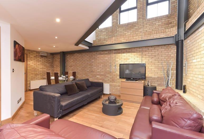Tower Bridge Superior Apartments, London, Apartment, 3 Bedrooms (North Bank), Living Room