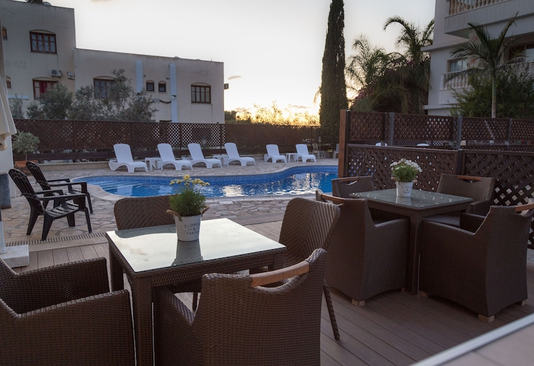 King's Holiday Apartments, Paphos, Exterior