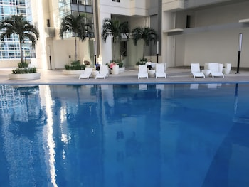 Picture of MaxStays - Max Style @ Fort Victoria in Taguig