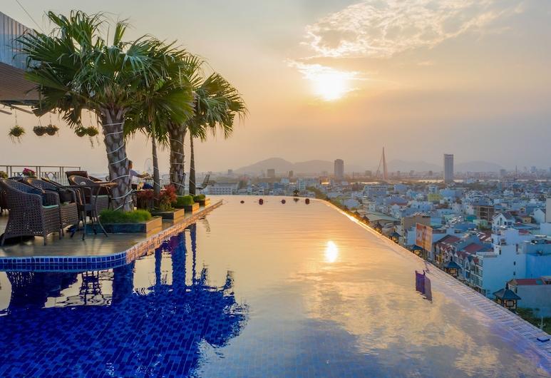 皇后之指飯店, 峴港