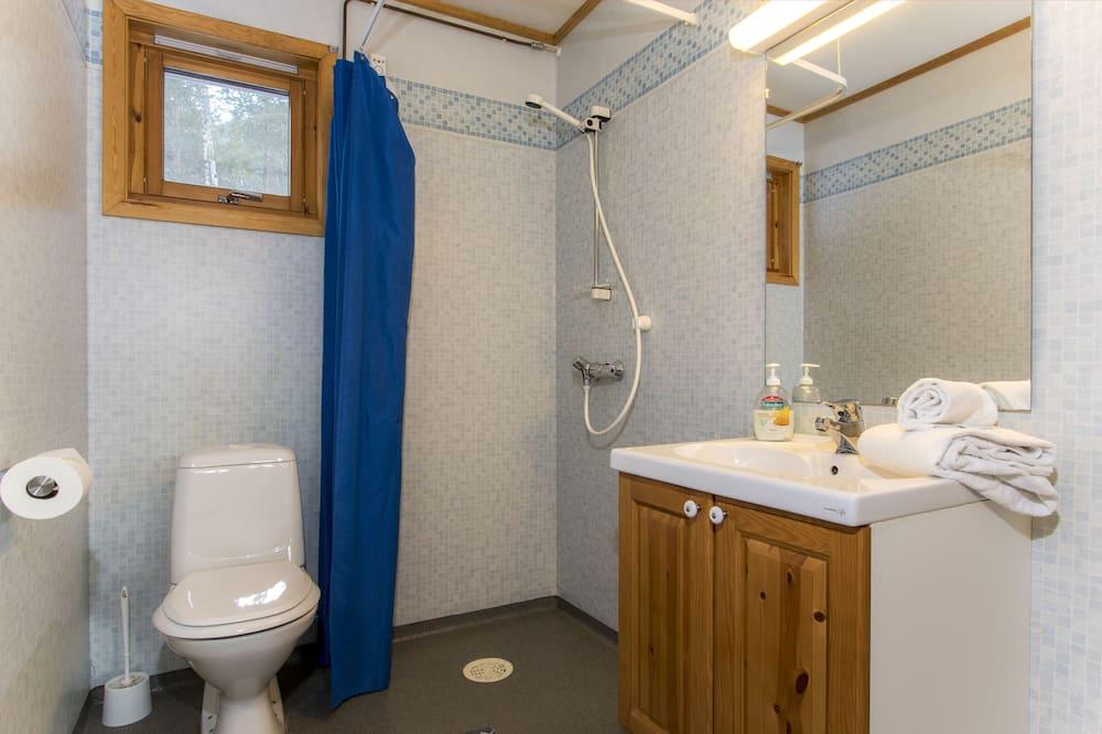 Traditional-Doppelzimmer, Bergseite - Badezimmer