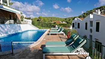 Picture of Desmais Apartments in Menorca
