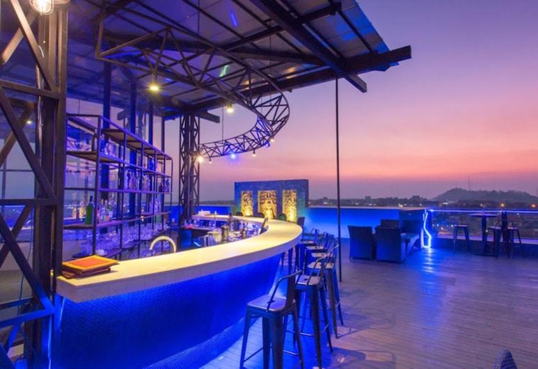 Yeak Loam Hotel, Ban Lung, Bar do Hotel