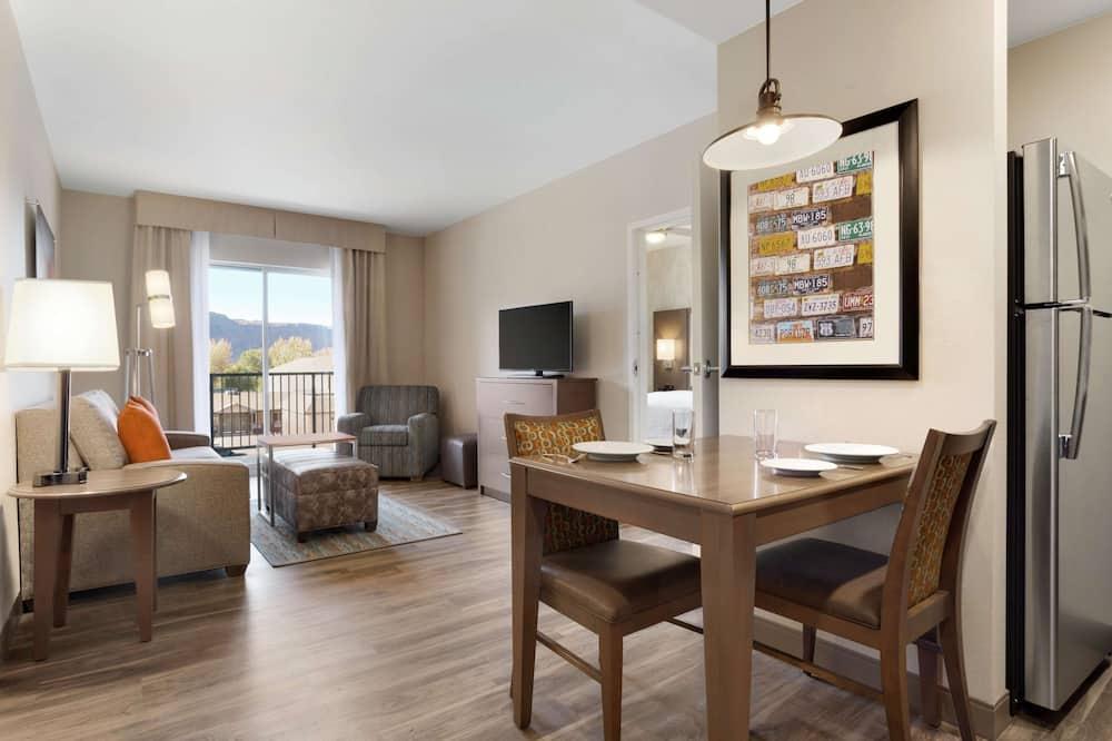 Phòng Suite, 1 phòng ngủ, Không hút thuốc - Khu phòng khách