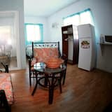 Standard Room, 1 Double Bed, Kitchenette, Hill View - Living Area