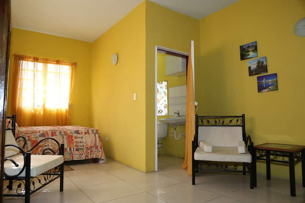 Standard Room, 1 Double Bed, Kitchenette, Hill View - Living Room