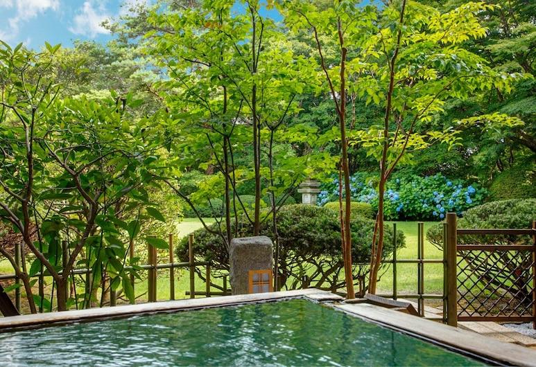 Nasu Onsen Sanraku, Nasu, Luxury Δίκλινο Δωμάτιο (Twin), 2 Διπλά Κρεβάτια, Θέα στον Κήπο, Δωμάτιο επισκεπτών