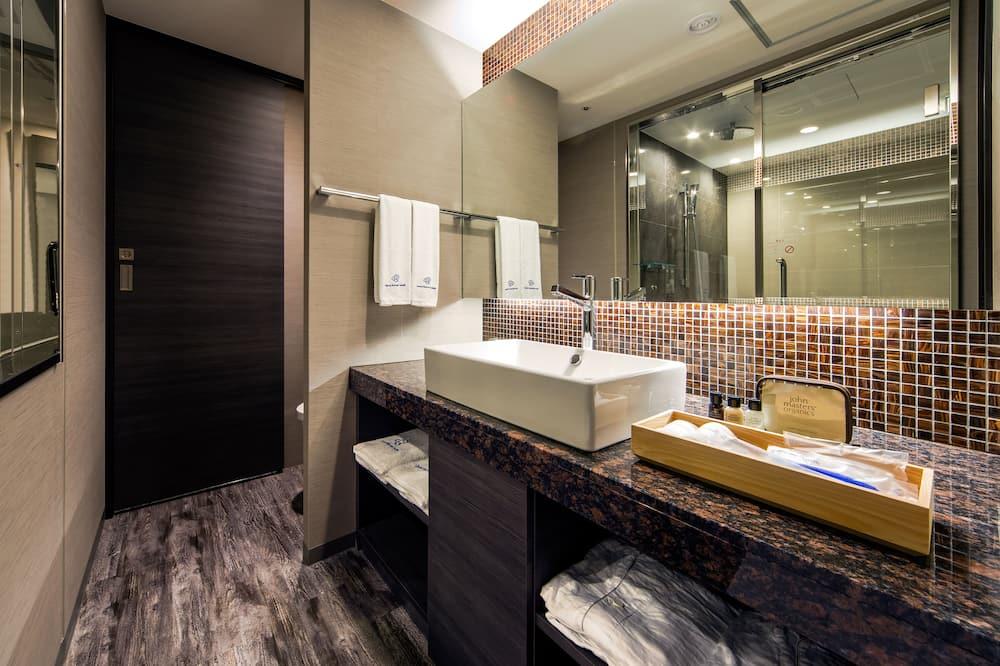 行政客房, 1 張特大雙人床, 非吸煙房, 邊間 - 浴室