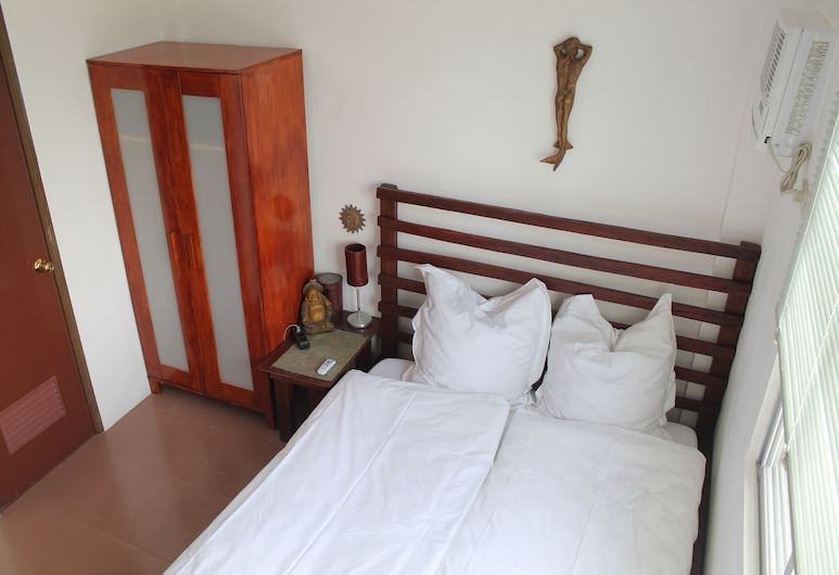Roger's Place Gay Guesthouse - Caters to Gay Men, Boracay Island, Chambre (  2  ), Chambre