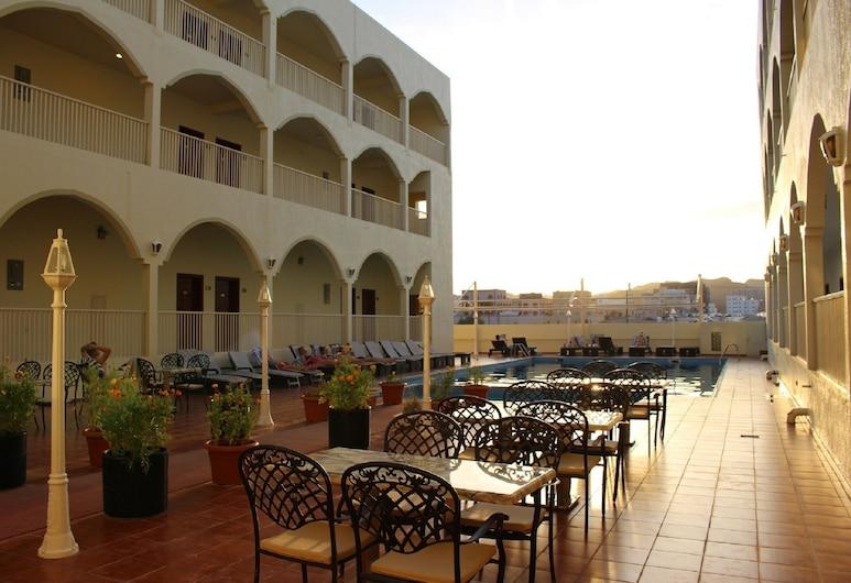 Aldiyar Hotel, Nizwa, Pool Waterfall