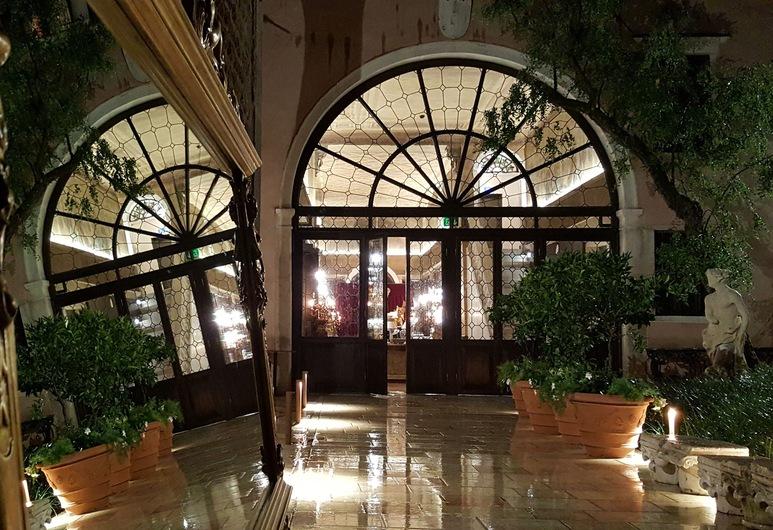 Palazzo Venart Luxury Hotel, Venice, Interior Entrance