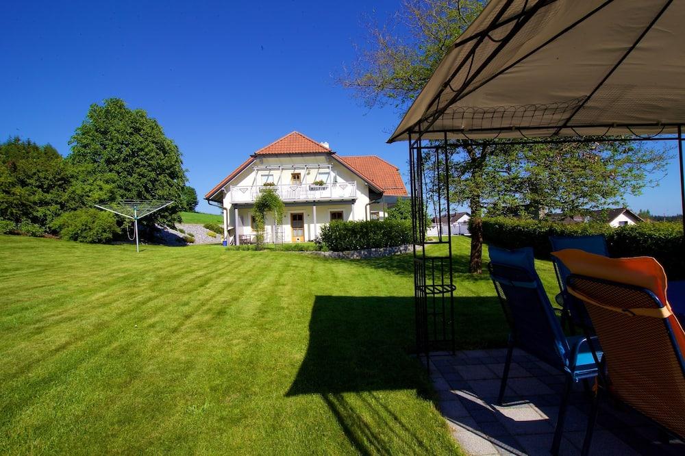 Exclusive-Apartment, 1 Schlafzimmer, Balkon, Gartenblick - Blick auf den Garten