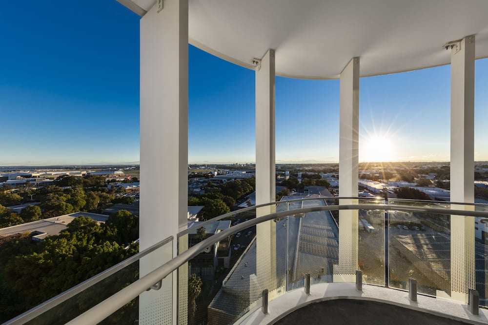 1 Bedroom Aero Suite - Balcony