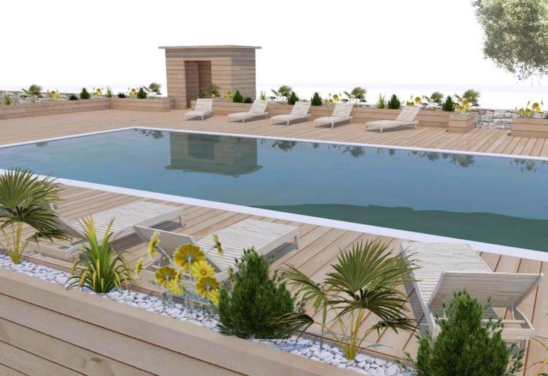 โรงแรมมิรามอนตี, Fasano, สระว่ายน้ำกลางแจ้ง