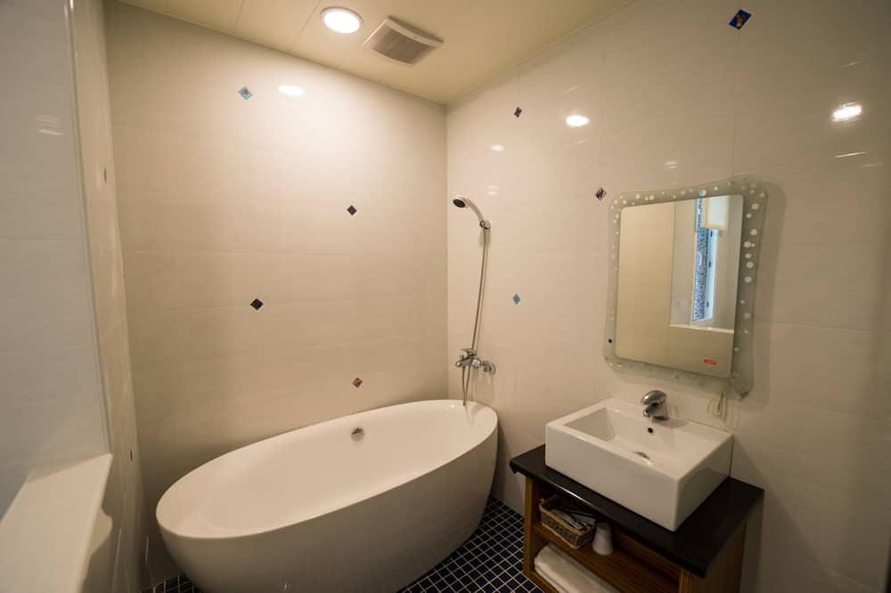 Phòng Superior (VIP) - Phòng tắm