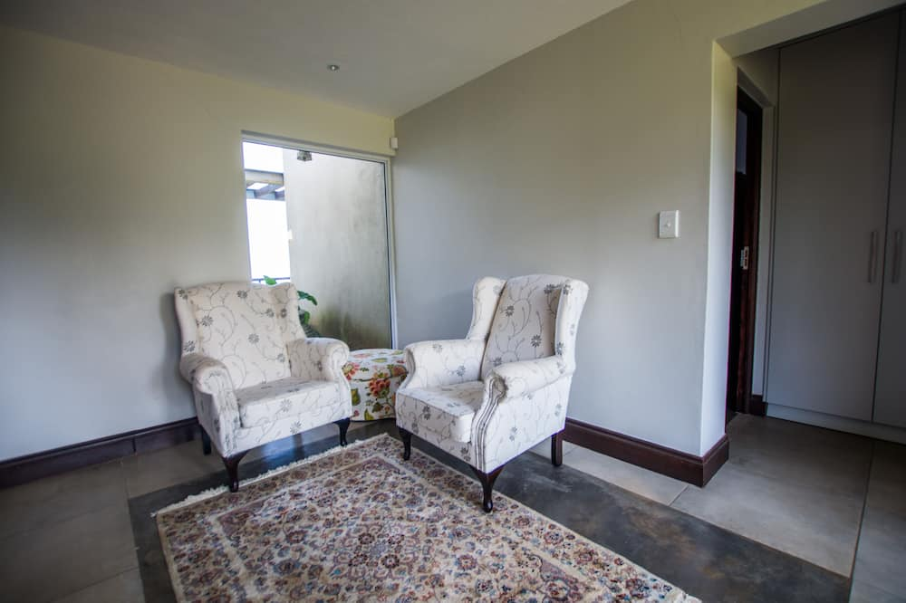 Huis, 4 slaapkamers (Khoza) - Woonruimte